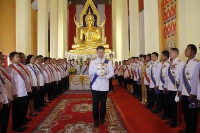 ผู้ว่าราชการจังหวัดนครราชสีมา นำประชาชนทุกหมู่เหล่า ประกอบพิธีเวียนเทียนสมโภชน้ำอภิเษก ในการพระราชพิธีบรมราชาภิเษกฯ