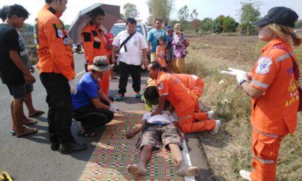 ลุงวัย 55 ซิ่งแหกโค้งเสียชีวิตคาที่ สังเวยสงกรานต์โคราชอีก 1 ราย