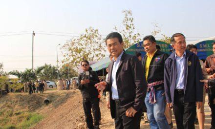 เทวัญรัฐมนตรีประจำสำนักนายกรัฐมนตรี ลงพื้นที่ติดตามภัยแล้งโคราช